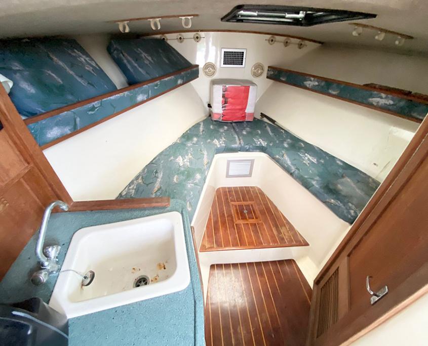 Rent a boat fort lauderdale yacht livingroom 960