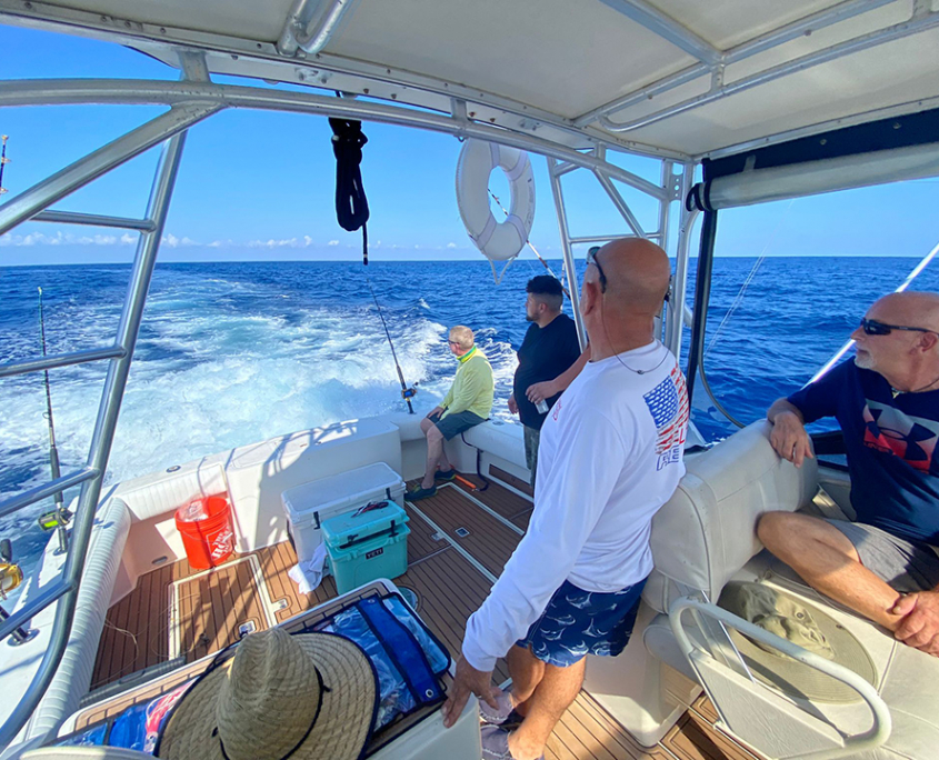 rent a boat fort lauderdale fishing yacht 960x720 2